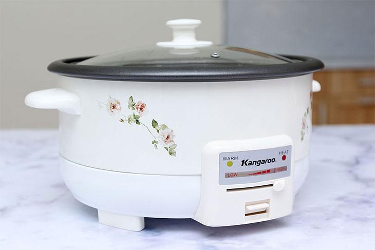 Nên dùng bếp từ để nấu lẩu hay là mua nồi lẩu chuyên dụng